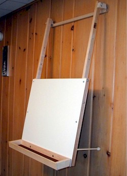 Hanging Easel with Supply Tray by Beka