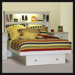 Sierra Platform Bed with Headboard by Berg